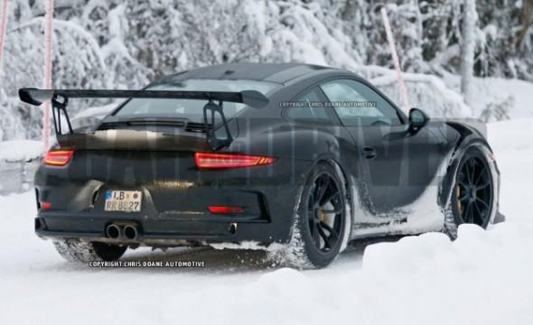 2016-Porsche-911-GT3-RS-spy-photo-107-626x382